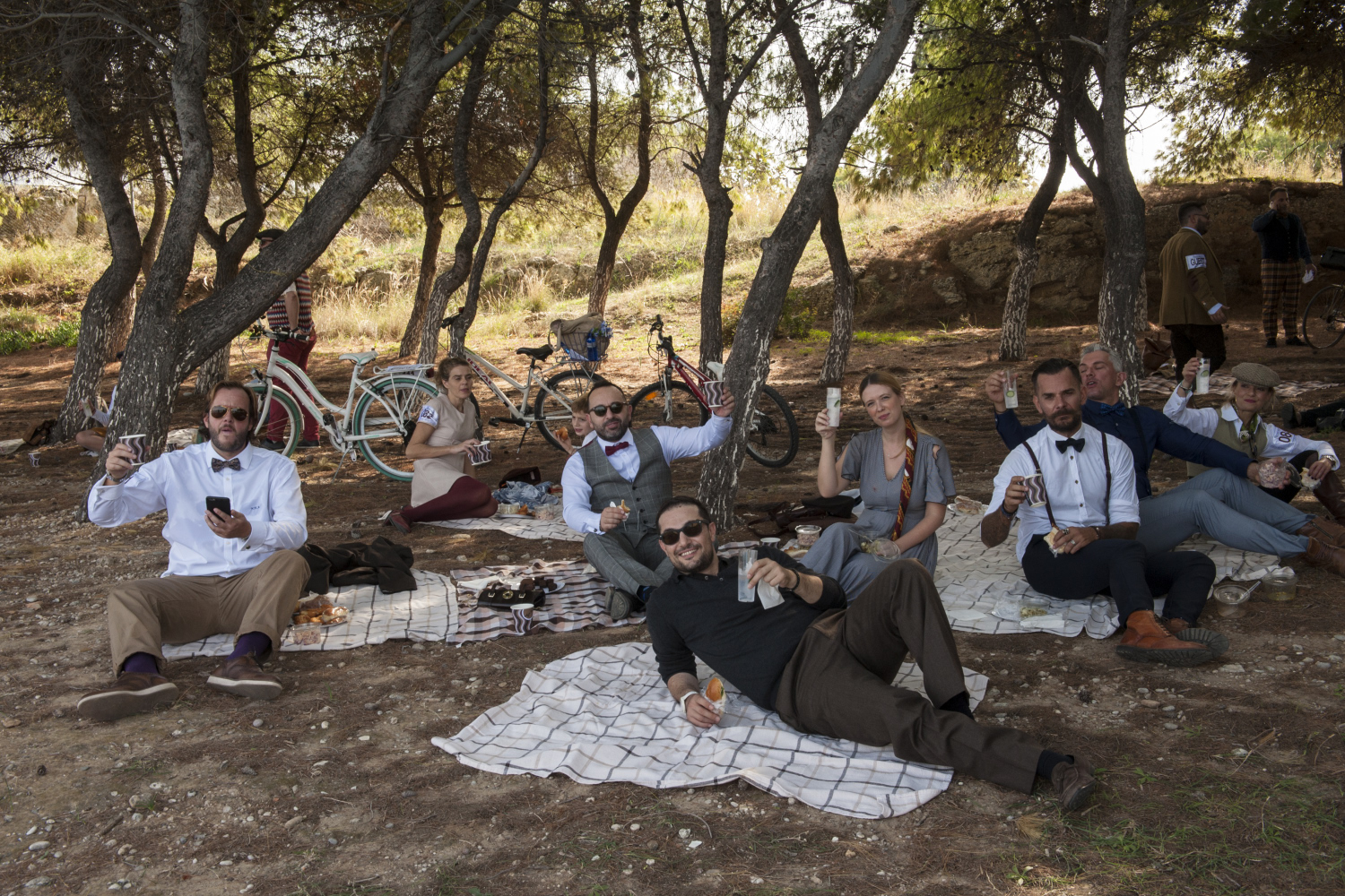 Amvyx Spetses Tweed Run by Hendrick's Gin